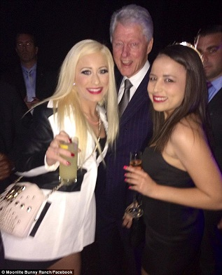 billclinton-partygirls